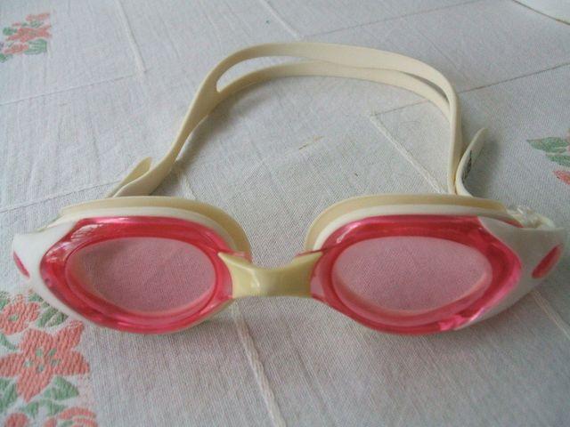 แว่นตาว่ายน้ำ High Club มือสอง