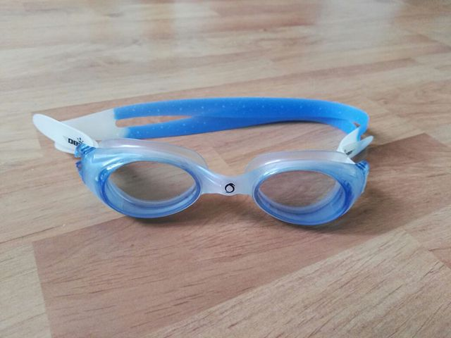 แว่นตาว่ายน้ำ Oberon สภาพดีค่ะ