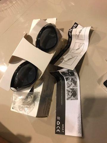 แว่นตาว่ายน้ำ Speedo ใหม่แกะกล่อง