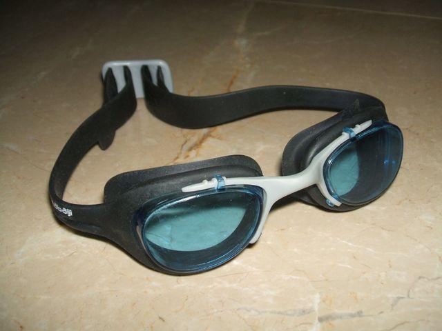 แว่นตาว่ายน้ำ nabaiji ซิลิโคน มือสอง